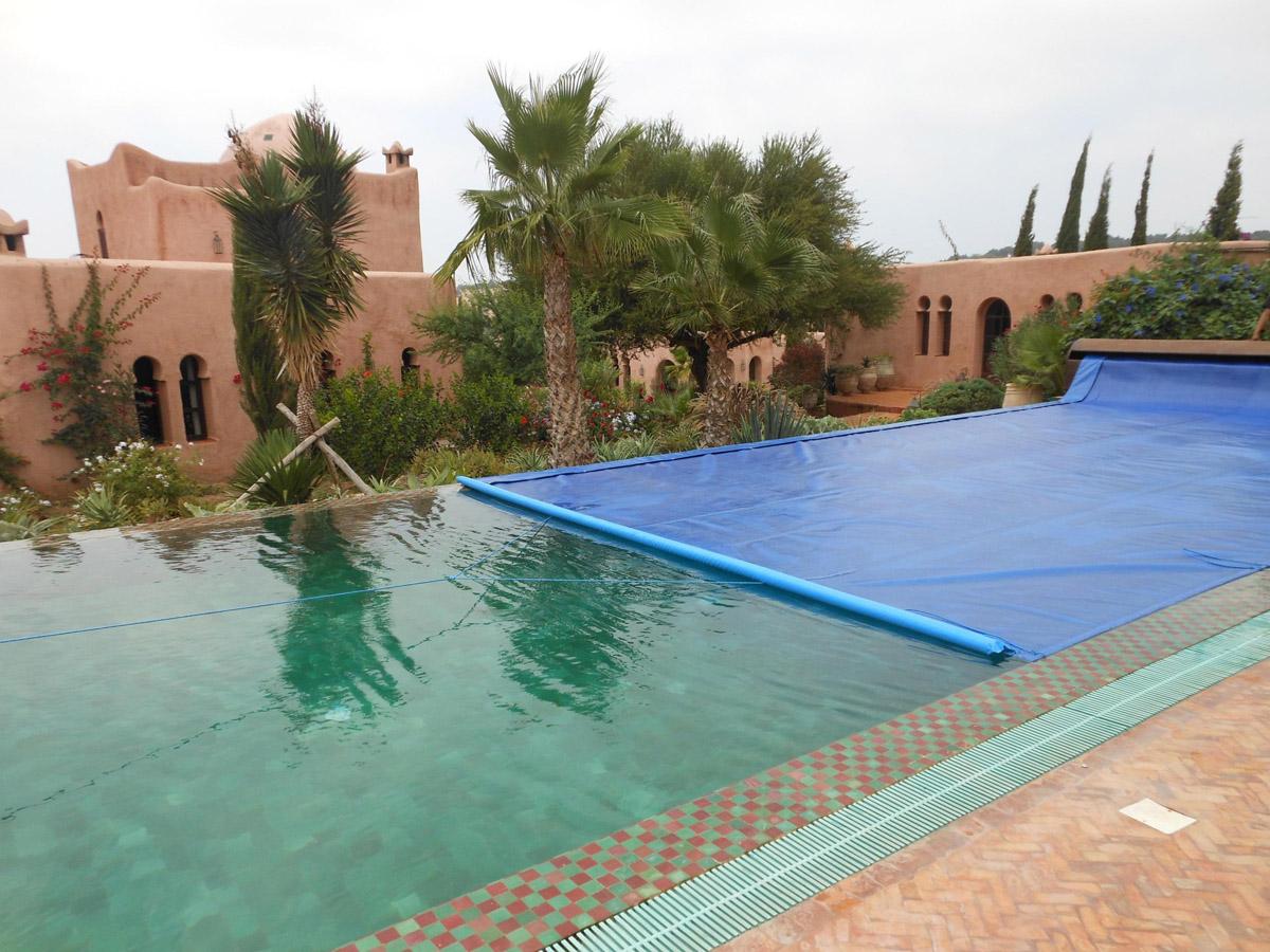 Aquabul baches volets piscines maroc marrakech for Piscine demontable maroc